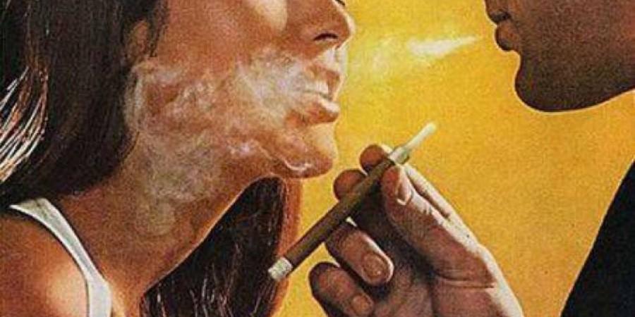Če pihneš dim v njen obraz, ti o sledila povsod.