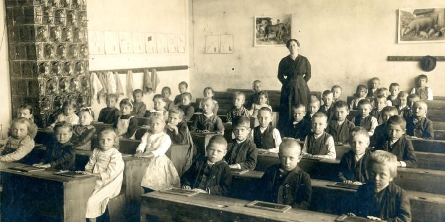 Zborovanje ZZDS – Zgodovina izobraževanja