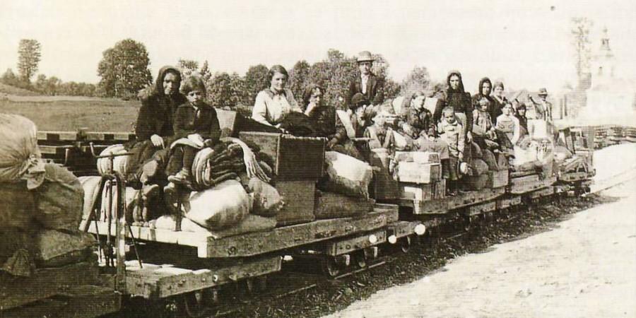 Idrija med prvo svetovno vojno: Begunci v mestu in okoliških vaseh v letih 1914 -1915 (1. del)