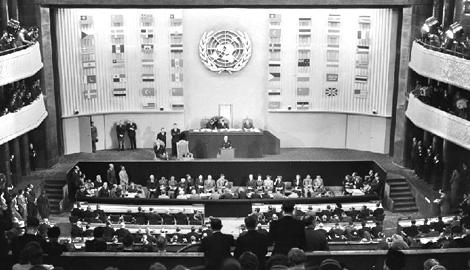 OZN sprejema Splošno deklaracija o člevekovih pravicah 10. decembra 1948.