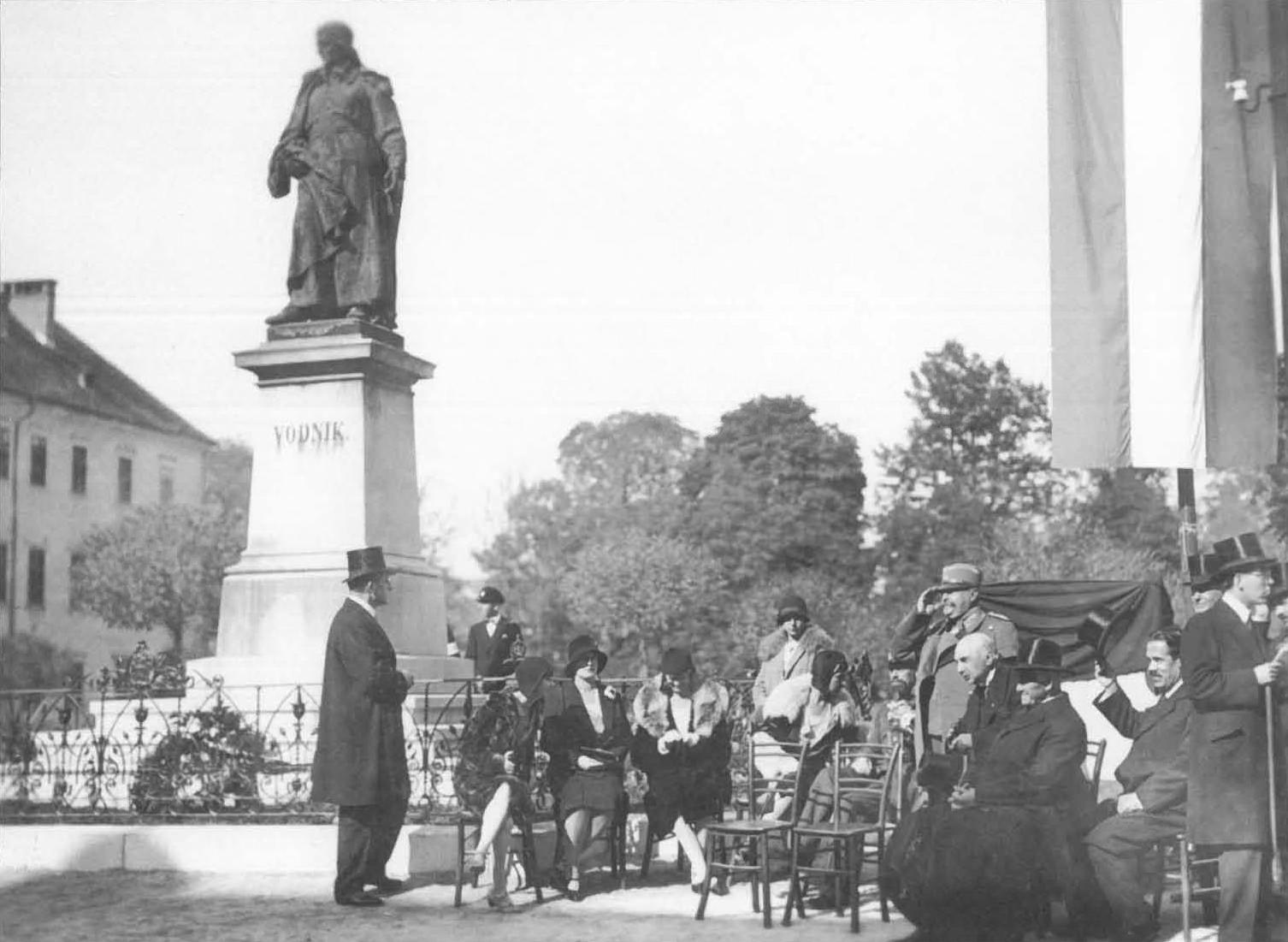 Proslava ob 120-letnici Napoleonove lIirije (1929).