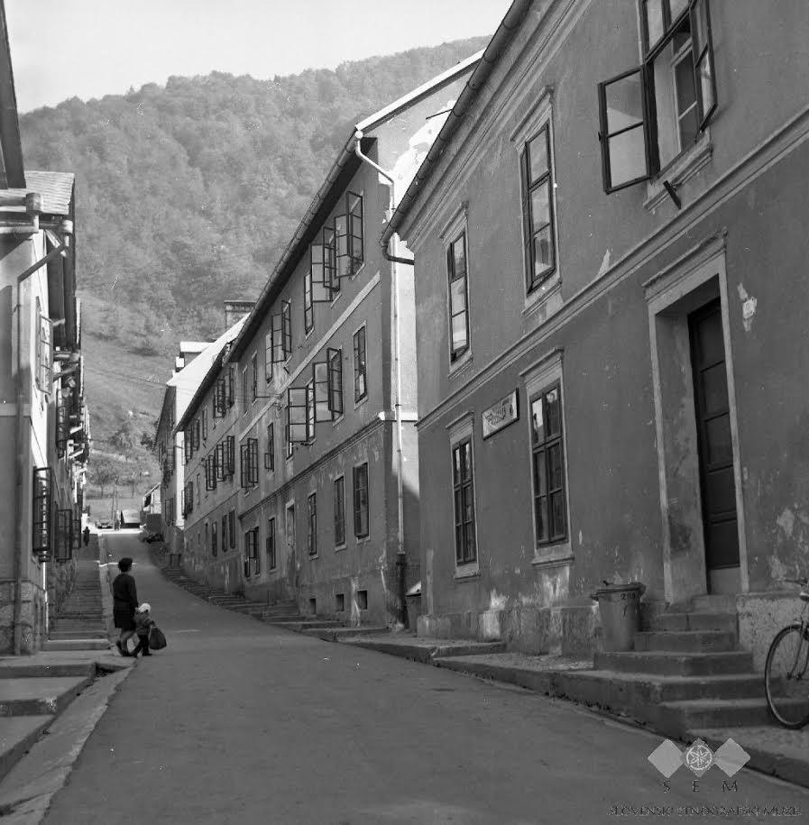 Vzhodni del današnje Rudarske ulice, 1976. Foto: SEM
