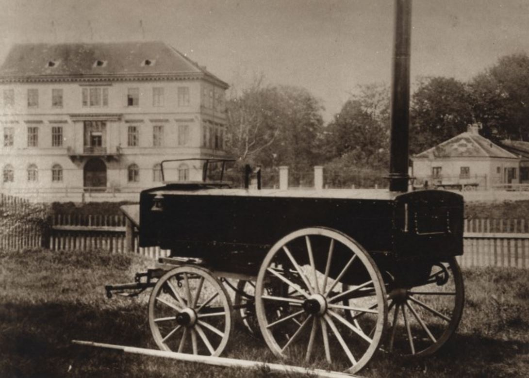 Kuhinjski voz, ki ga je poslala Dunajska reševalna družba.