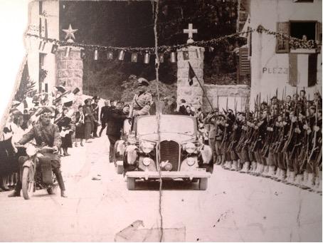 Načrt atentata na Mussolinija v Kobaridu