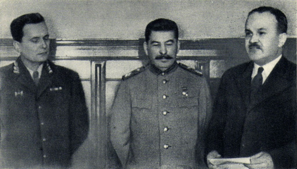 Tito, Stalin in Molotov.