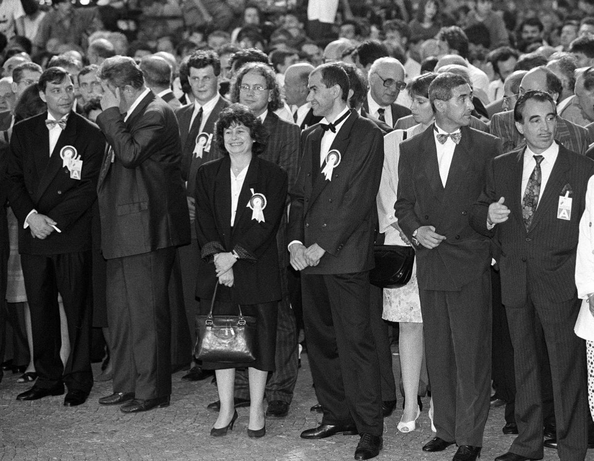 25. junij 1991 na Trgu republike. Predstavniki takratnega političnega življenja.