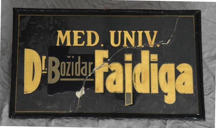 Zdravnik dr. Božidar Fajdiga in njegova ambulanta